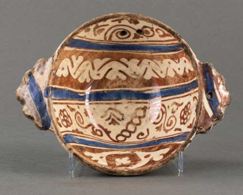 Hispano-Moorish Escudilla - Manises - 16th century   - Porcelain & Faience Style