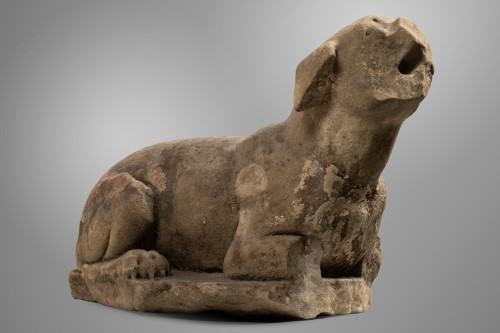 Figure of a dog - Italy - 16th century   - Sculpture Style