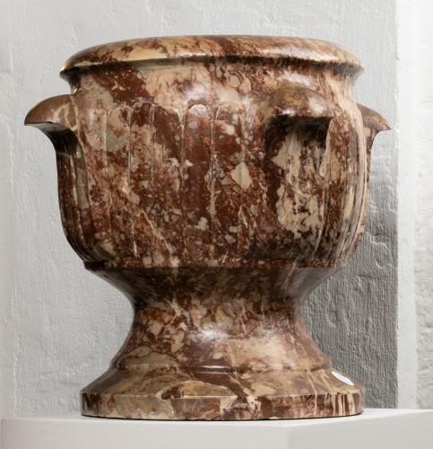 17th century - Pair of Sicilian diaspre vases - Italy - 17th century