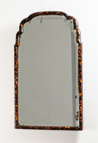 Mirrors, Trumeau  - Mirror in blond tortoise shells - England - early 18th century