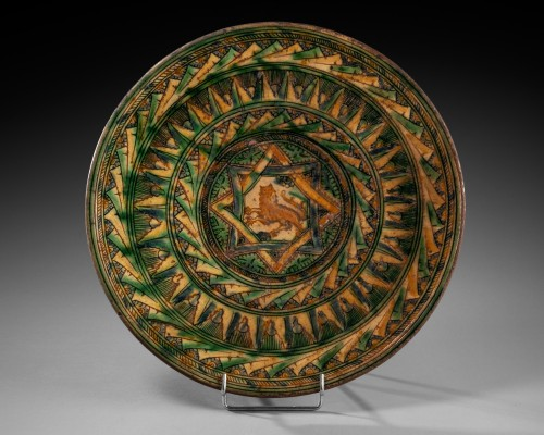 Dish with lion decoration - Castelfiorentino 16th century - Porcelain & Faience Style