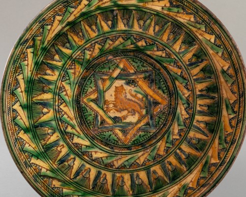 Porcelain & Faience  - Dish with lion decoration - Castelfiorentino 16th century