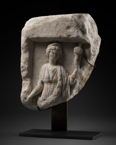 Element of a Roman sarcophagus - Italy - 2nd / 3rd century A.D. - Ancient Art Style