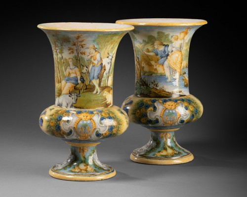 Pair of Medicis vases - Siena early 18th century - Porcelain & Faience Style