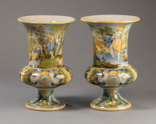 Pair of Medicis vases - Siena early 18th century -