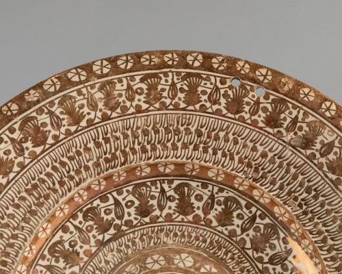 Hispano-Moorish dish - Manises Circa 1500 -