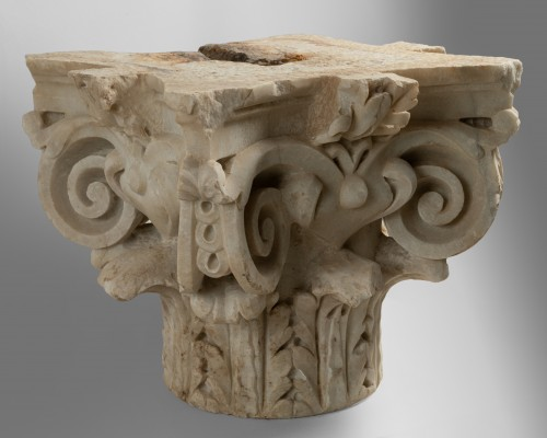 Capital of composite order - Italy 16th century -