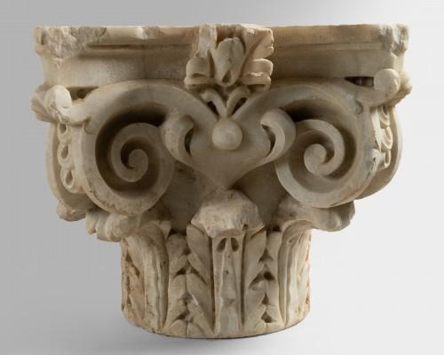 Antiquités - Capital of composite order - Italy 16th century