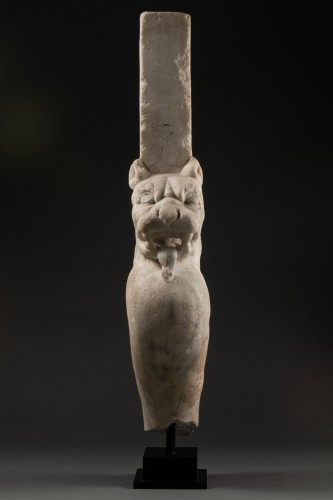Ancient Art  - Trapezophore carved with a Panther - Roman empire - II-IIIth century A.D