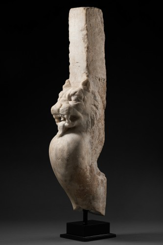 BC to 10th century - Trapezophore carved with a Panther - Roman empire - II-IIIth century A.D