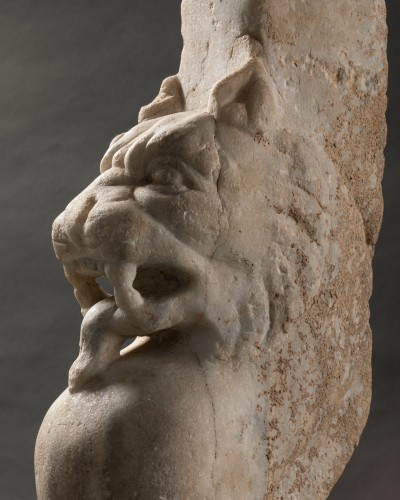 Antiquités - Trapezophore carved with a Panther - Roman empire - II-IIIth century A.D