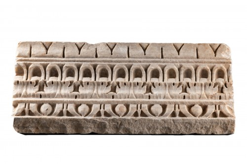 Decorated Cornice - Roman empire - 1st-2nd Century AD