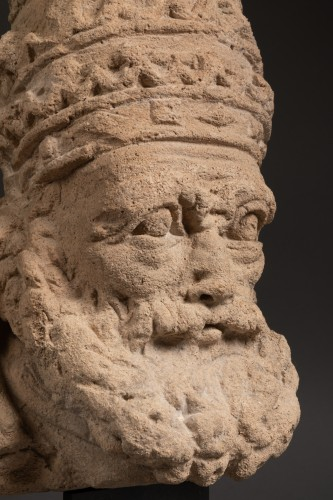 Sculpture  - Saint Peter as Pope - France - 15th century