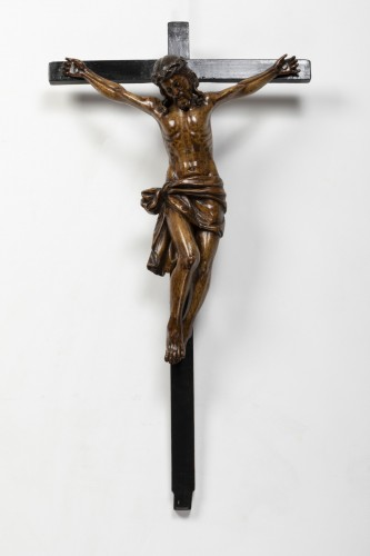 Religious Antiques  - Crucifix made of walnut and poplar wood - Southern Italy - 17th century
