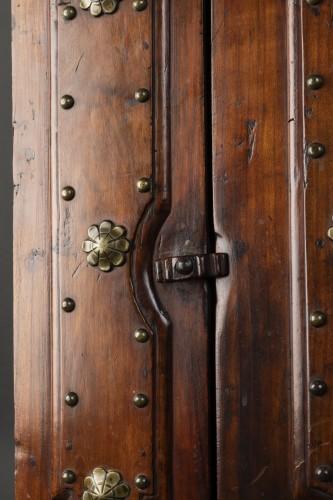 Bolognese walnut wardrobe - late 16th century -