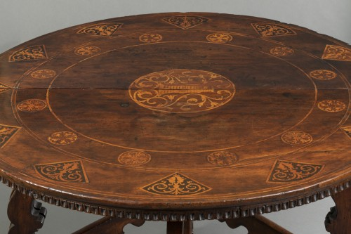 17th century - Table with the Torriani family's coat of arms - Lombardy - 17th century