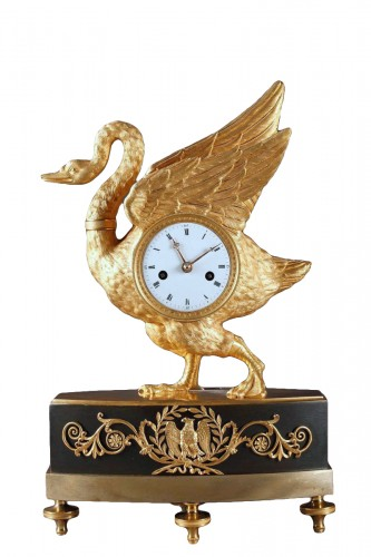 Swan clock of French Empire period