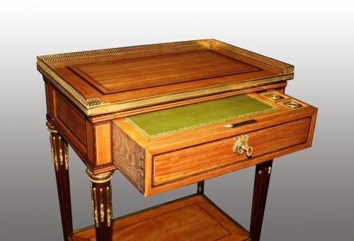 Furniture  - A Louis XVI table à ecrire
