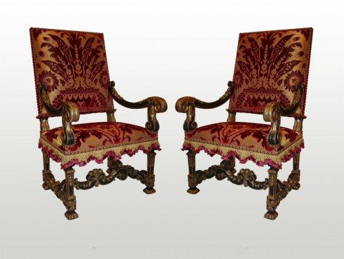 18th century - A pair of louis xiv fauteuils