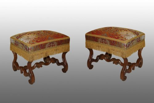 Seating  - A pair of natural-wood Tabourets