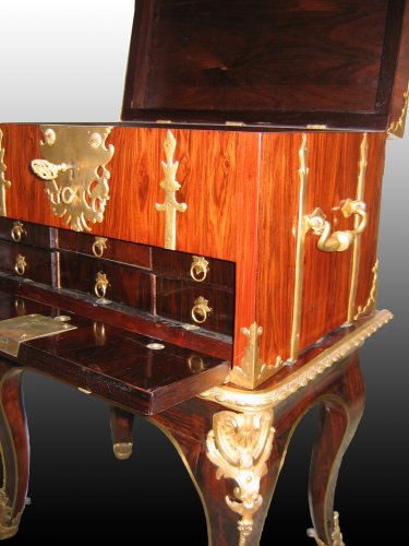 "Furniture  - A Louis XIV Box ""de changeur"" on its stand"