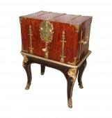 "A Louis XIV Box ""de changeur"" on its stand"