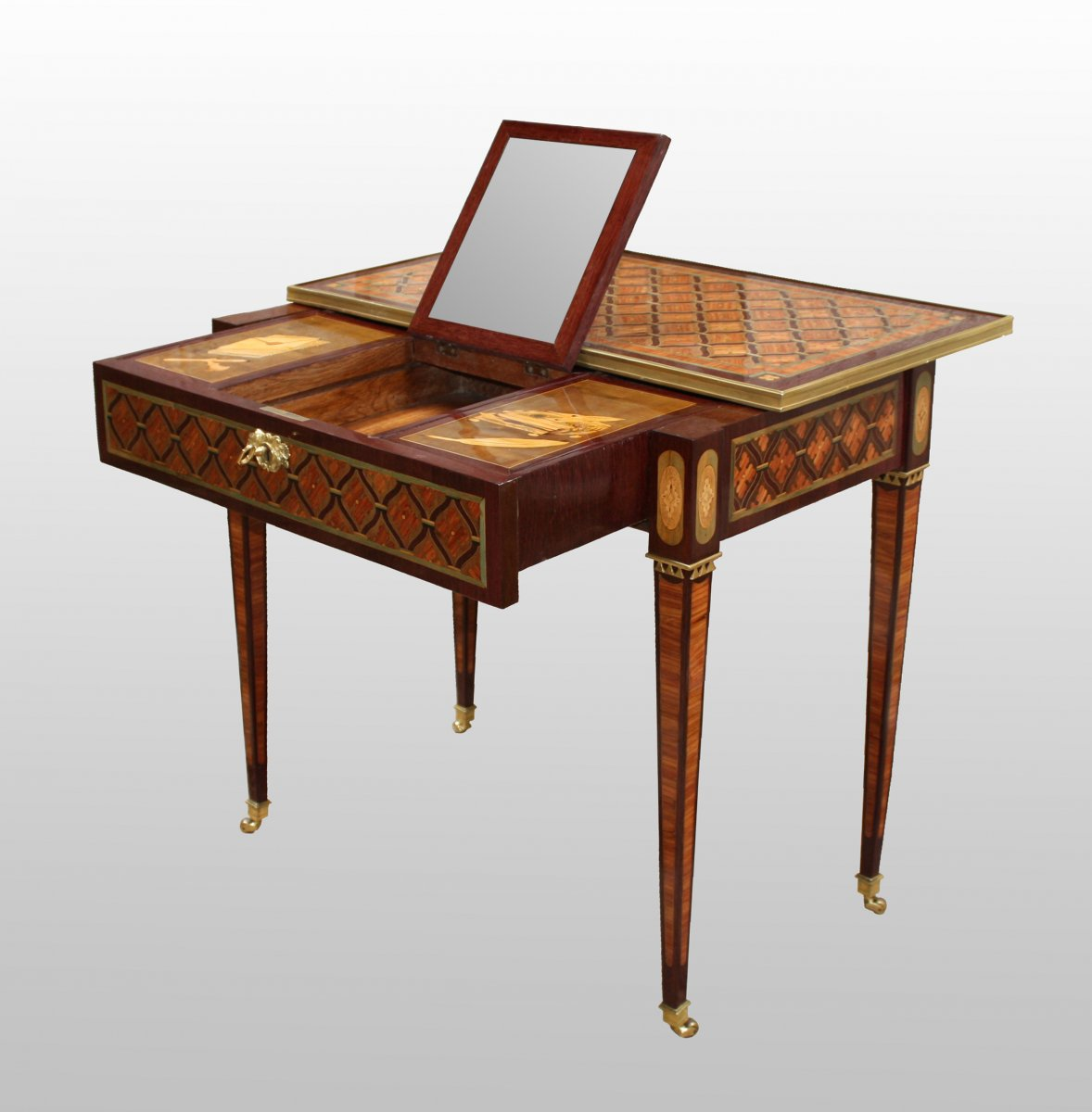 Table à Glissière en marqueterie  XVIIIe siècle  N53395