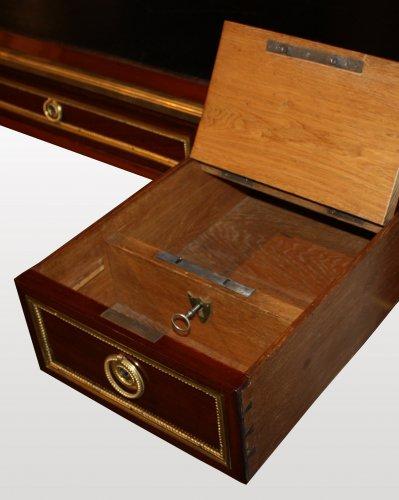 18th century - A Louis XVI ormolu-mounted mahogany Bureau Plat by Georges Kintz