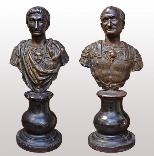 Pair of busts of Emperors, 17th century -