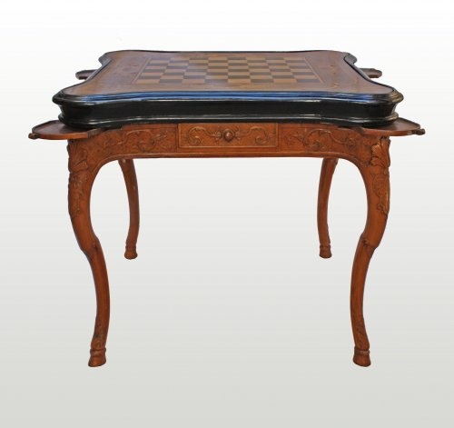 A Regence carved games Table - Furniture Style French Regence