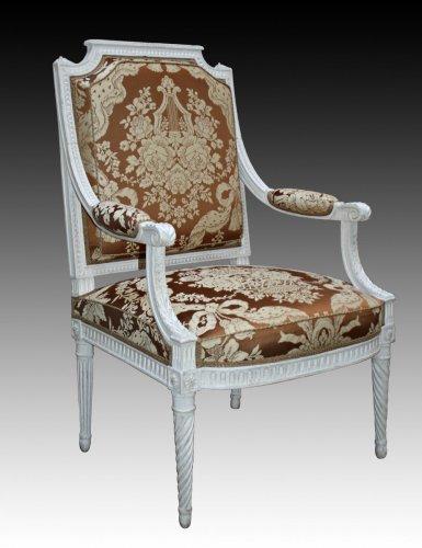 A set of four Louis XVI 'à la Reine' Armchairs - Seating Style Louis XVI
