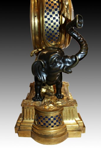 A Transitional ormolu and patined-bronze elephant Clock - Clocks Style Transition