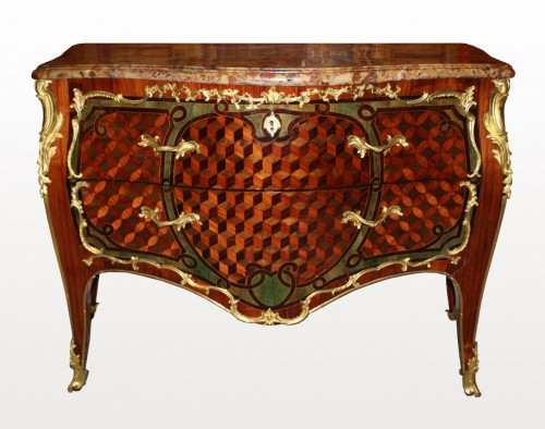 A Louis XV ormolu-mounted Commode  stamped Pierre-Harry Mewesen - Furniture Style Louis XV