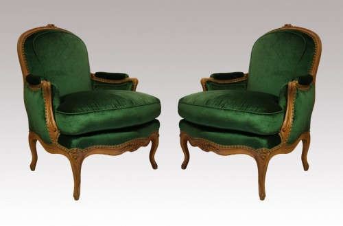 A pair of Louis XV Bergères - Seating Style Louis XV
