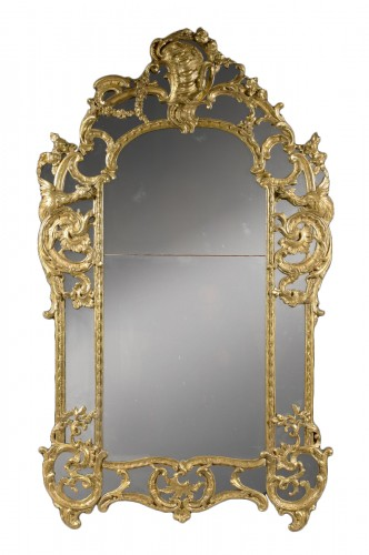 "A Regence / Louis XV carved and giltwood Mirror ""aux Chimères"""