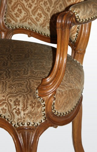 "A set of six Louis XV Fauteuils ""en Cabriolet"" by Nogaret à Lyon - Seating Style Louis XV"