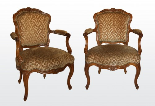 "Seating  - A set of six Louis XV Fauteuils ""en Cabriolet"" by Nogaret à Lyon"
