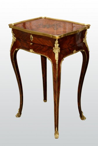 A Louis XV Table en Chiffonnière - Furniture Style Louis XV