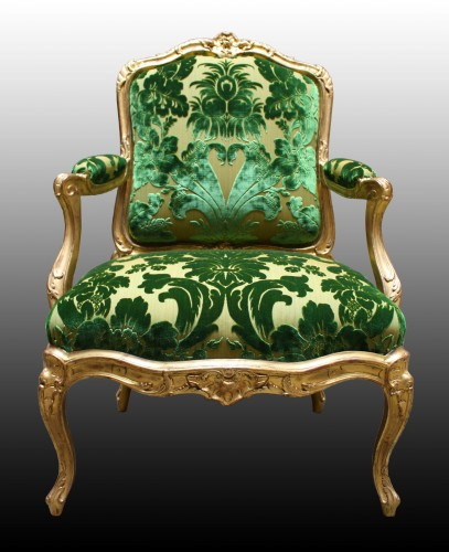 A pair of Louis XV Fauteuils à Châssis attributed to Louis Cresson - Seating Style Louis XV