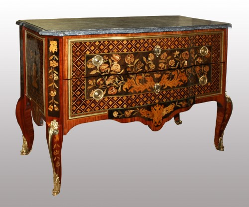 Furniture  - A Transitional commode stamped by Charles Krier
