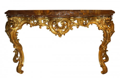 An important Louis XV  giltwood Console-Table