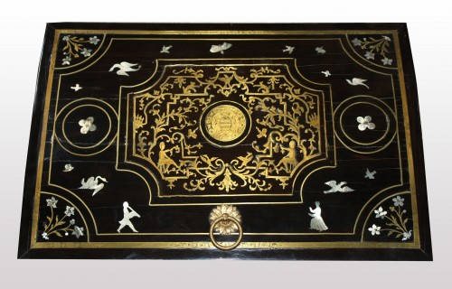 Objects of Vertu  - A Louis XIV brass, mother of pearl and ebony  Casket