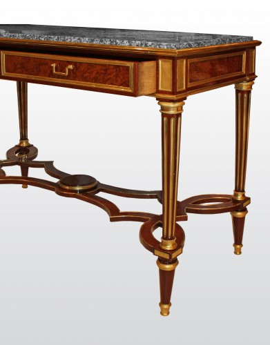 A Louis XVI Console Table  attributed to Adam Weisweiler - Furniture Style Louis XVI
