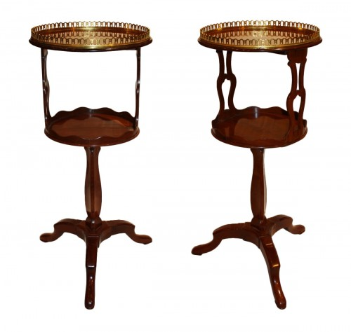 Pair of small mahogany pedestal tables by Canabas