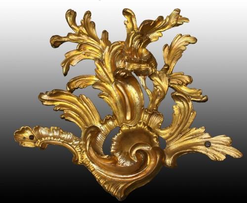 Cartel d'Applique in green horn by Burgeat in Versailles -