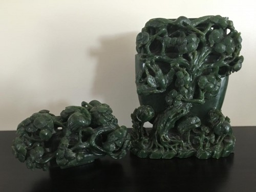 Large Vase Covered In Dark Green Nephrite Jade - Asian Art & Antiques Style