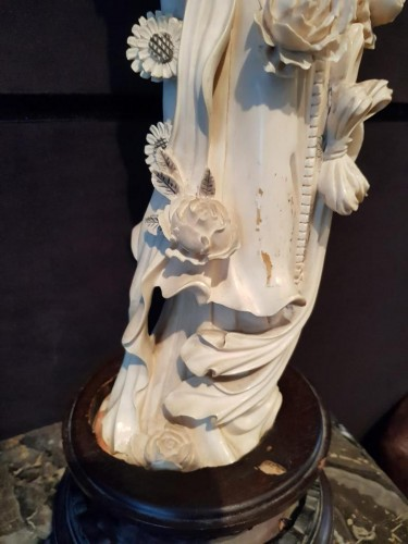 - Spring Goddess - Pékin Work - Monobloc