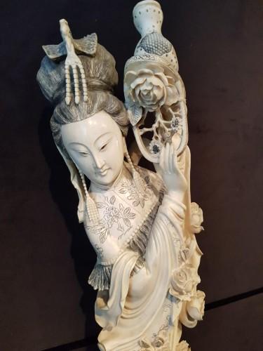 Antiquités - Spring Goddess - Pékin Work - Monobloc