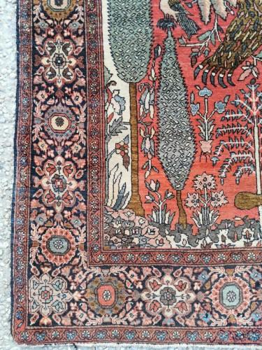 - Sarouk In Kork Wool - Iran, late 19th Century