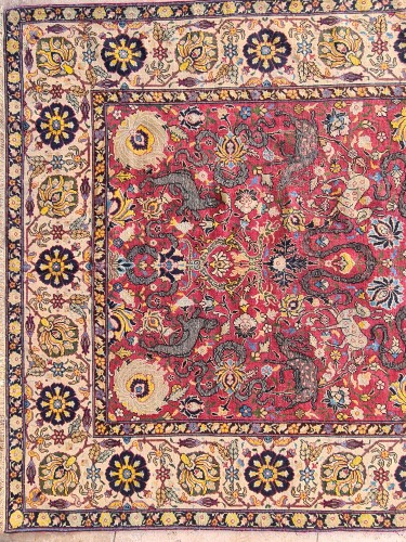 Extremely Rare Kum Kapu Signed Carpet - Iran 19th - Tapestry & Carpet Style